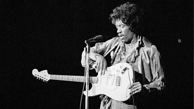 "Jimi Hendrix ""Hear My Train A Comin"""
