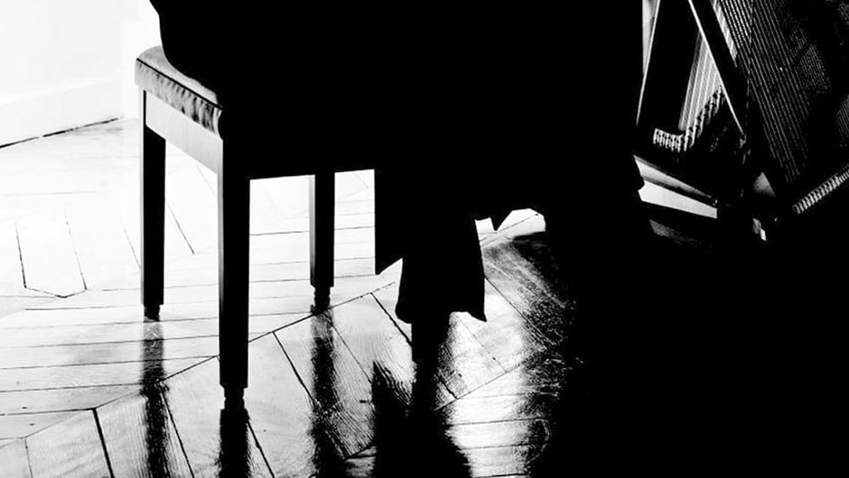 Chilly Gonzales - Shut Up and Play the Piano