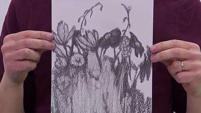 Zeichnen mit Grafitstift und Radiergummi