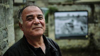 Alfred Yaghobzadeh: Der Welt den Spiegel vorhalten