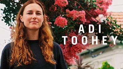 Adi Toohey | Hallo Montag