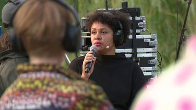Olivia Wenzel über das Leben als schwarze Frau in Deutschland