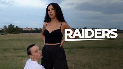 RAIDERS: jpeg.love b2b Souci @ Hallo Montag