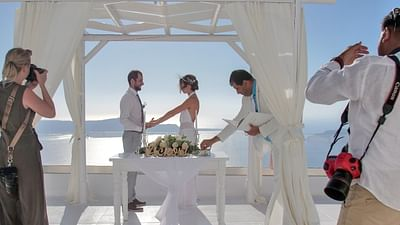 Re: Getting Hitched in Santorini