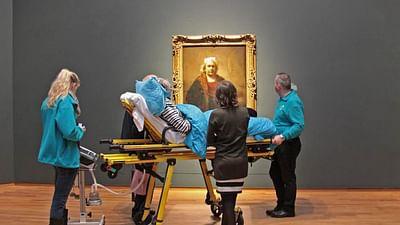 Re: The Dutch Ambulance Wish Foundation