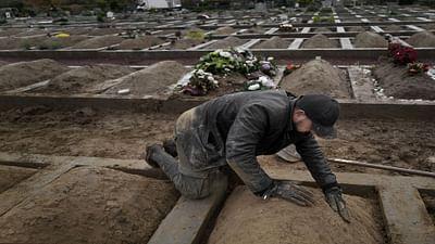 Belgium: Volunteer Gravediggers