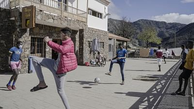 Canary Islands Under Migrant Pressure