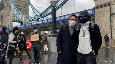 De Hong Kong a Londres, exiliados en Gran Bretaña