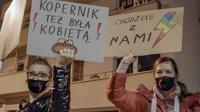Las mujeres polacas reclaman el derecho a abortar