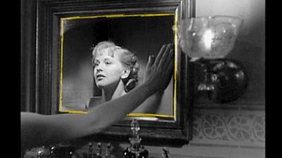 """Espejito, espejito"": el reflejo de sí mismo"