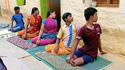 GEO Reportage - Yoga, médecine traditionnelle de l'Inde