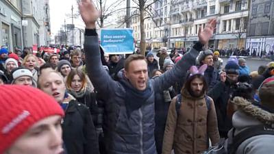 Navalny, l'opposant qui résiste grâce à Internet