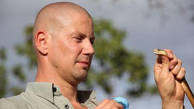 À 100% - Bryan Fry, chasseur de serpent en Australie