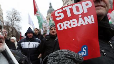 Hongrie : la rue défie le pouvoir