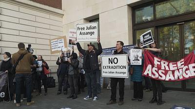 Assange: l'homme traqué