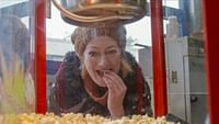 Xenius - les matériaux du futur : carton, champignons et popcorn en streaming