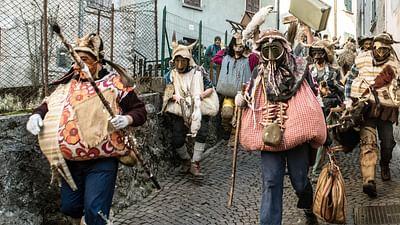 GEO Reportage - Le carnaval de Schignano, étrange et archaïque