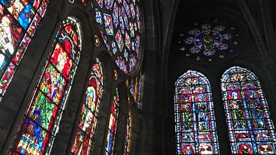 GEO Reportage - Chartres, l'art du vitrail