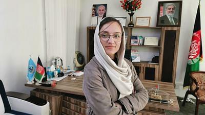 Afghanistan : femme, maire et combattante