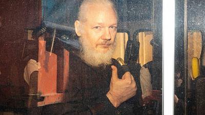 WikiLeaks : qui veut sauver le soldat Assange ? - 28 minutes