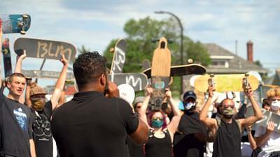 USA : Minneapolis panse ses plaies