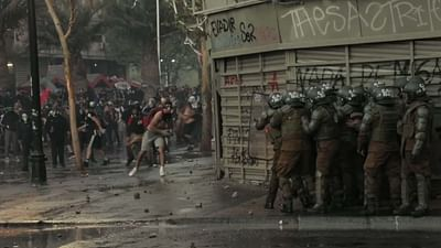 Chili : les manifestants face aux violences policières