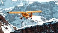 Geo reportage - suisse, en vol avec des pilotes des glaciers en streaming