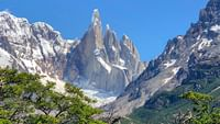 Offrez-vous un grand bold'air frais à la montagne ! Depuis les alpages verdoyants jusqu'aux sommets de Patagonie aux côtés del'alpiniste Reinhold Messner, en passant par l'Everest ou le Mont-Blanc, partez à l'assaut de ces territoires chargés de vie et d'histoire.