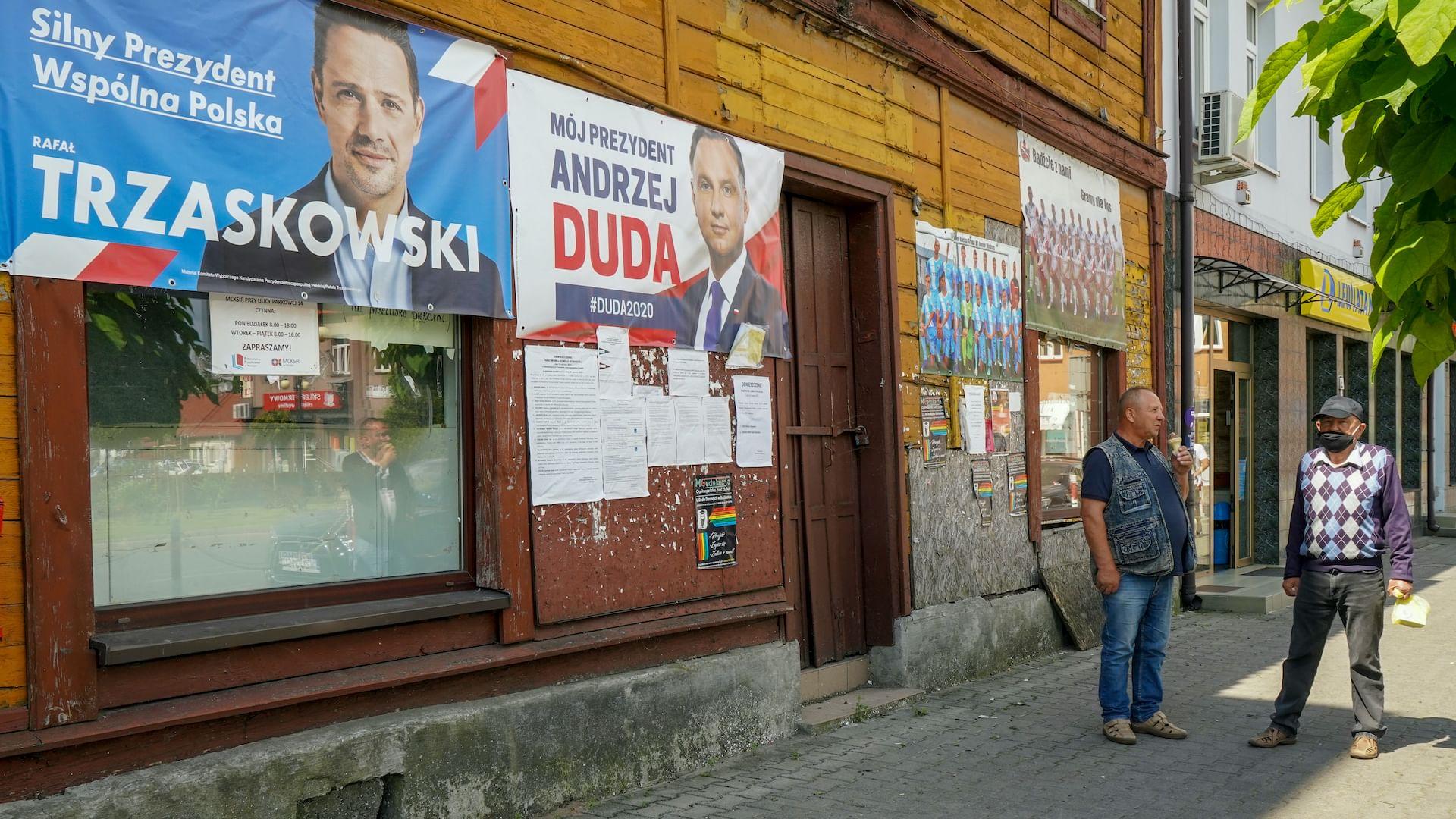 Élections en Pologne : Duda en tête du second tour
