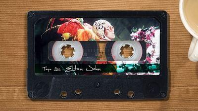 """Elton John: la """"Regina madre del pop"""""""