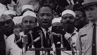 Discorsi come quello di Martin Luther King e di Winston Churchill affondano le radici nelle lotte e negli aneliti di epoche passate, ma le loro parole hanno valore eterno.