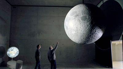 Człowiek i księżyc