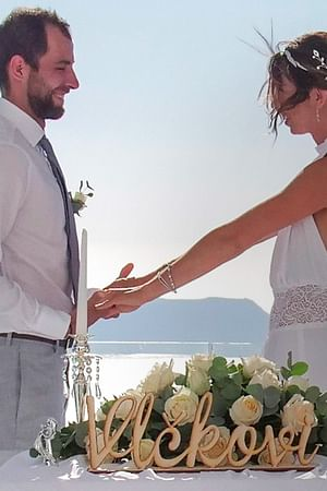 Marriage Tourists in Santorini